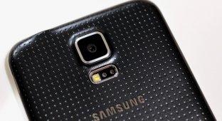Samsung обещает удивить камерой в новом флагмане